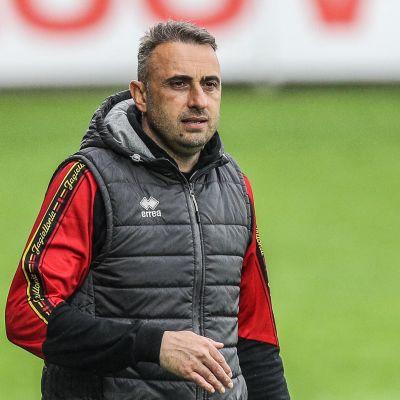 Bosnia-Hertsegovinan päävalmentaja bulgarialainen Ivaylo Petev.