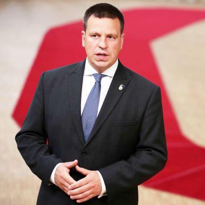 Viro ajautui hallituskriisiin - pääministeri Jüri Ratas eroaa