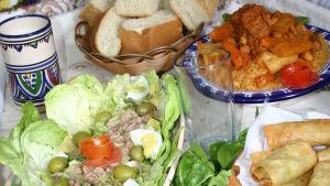 Tunisialainen ruokapöytä