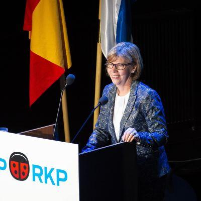 Anna-Maja Henriksson håller linjetal