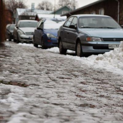 Isig trottoar