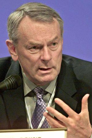 Internationella olympiska kommitténs viceordförande Dick Pound avvisar kritiken mot de olympiska vinterspelen i Peking.