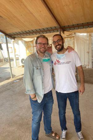 Kariantti Kallio med sin läkarkollega Karim i Jemen