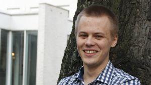 Axel Nurmi gjorde en kortdokumentär om en vän som överlevt svårigheter med hjälp av sin familj.