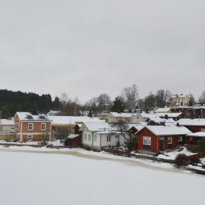 Hus vid Borgå å