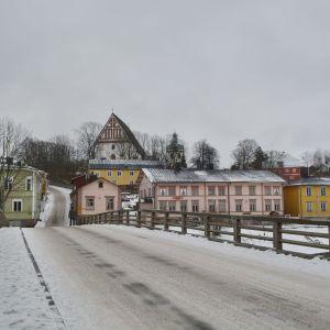 Grå vinter i gamla stan i Borgå
