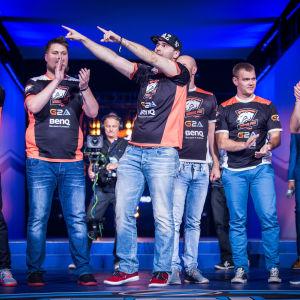 Virtus.pro -joukkue ESL One Cologne 2015 -turnauksessa