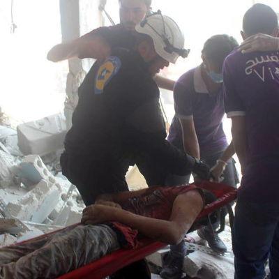 Ryska och Syriska flygattacker har krävt ett stort antal civila offer i provinshuvudstaden Idlib. Bidlen är från den 13 augusti då minst sex civila dödades och tiotals skadades