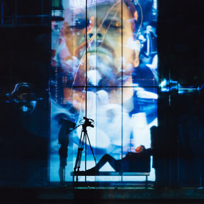Antti Luusuaniemi  som Macbeth på Nationalteatern.