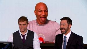 Jimmy Kimmel matkii Mike Tysonia.