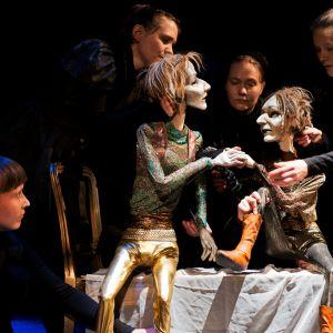 Scen ur dockteaterföreställningen Prinsessa Hamlet.