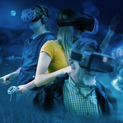 ihmisiä VR-silmikot päässään
