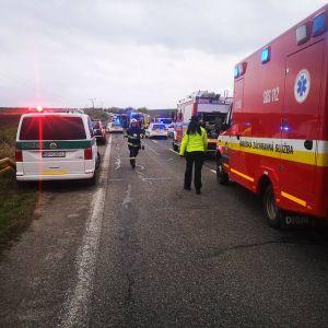 Pelastustyöt olivat keskiviikkona käynnissä onnettomuuspaikalla.
