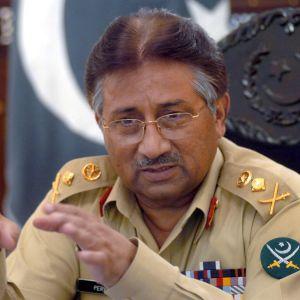 Pakistanin entinen presidentti Pervez Musharraf Rawalpindissä vuonna 2004.