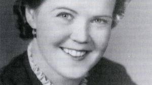 Mirjam Rokkanen-Helin ensikonsertin aikaan 1938.