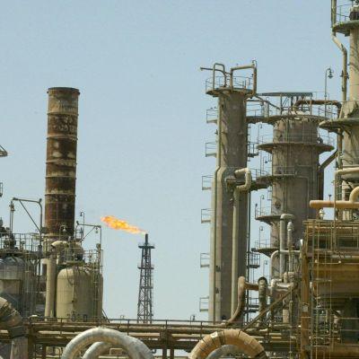 Iraks största oljeraffinaderi i Baiji.