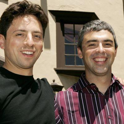 Sergey Brin (vas.) ja Larry Page vuonna 2005.