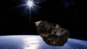 Asteroidi avaruudessa