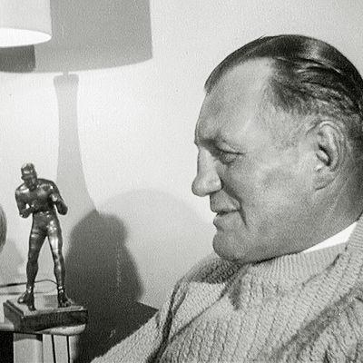 Gunnar Bärlund i sitt hem i New Jersey 1964.