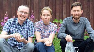 Fredagssnackarna Dan Idman och Mikaela Sonck tillsammans med redaktör Jonas Sundström.