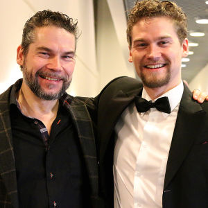 Basso Petri Lindroos tuli kuuntelemaan poikansa baritoni Kristian Lindroosin kilpailusuoritusta.