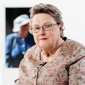Professori Helena Ranta on nähnyt maailman kriisipesäkkeissä pahuutta. Miten työskentelyn julmuuksien keskellä kestää?