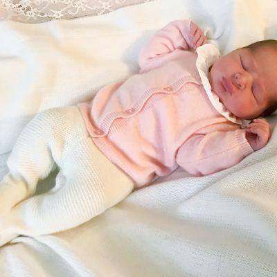 Ruotsin prinsessa Madeleinen ja Chris O´Neillin kolmas lapsi.