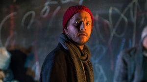 Skådespelaren Viktor idman i Viirus föreställning Lampedusa.