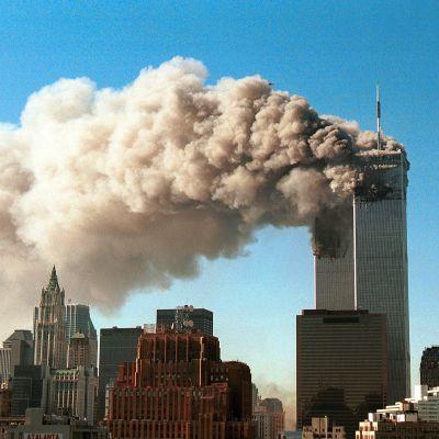 WTC-tornien isku syyskuussa 2001.