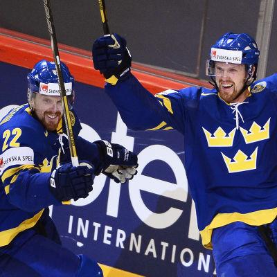 Daniel Sedin och Henrik Sedin i Stockholm 2013.