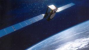 satellit med atomklocka