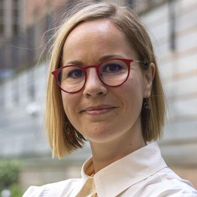 Hanna Sarkkinen.