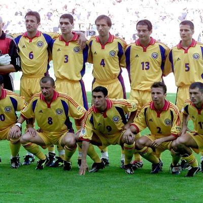 Rumänien vid EM 2000 med bland annat Petrescu, Hagi, Chivu och Popescu.