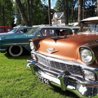 Vanhoja autoja Big Wheels tapahtumassa
