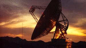 En antenn i Goldstone som ingår i Deep Space Network.