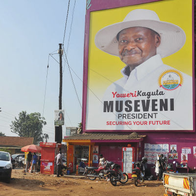 Valreklam i huvudstaden Kampala för den sittande presidenten Yoweri Museveni.