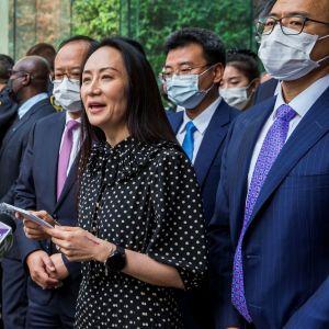 Liki kolme vuotta Kanadassa kotiarestissa ollut Huawein talousjohtaja Meng Wanzhou on päässyt vapaaksi.