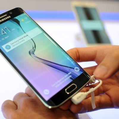 Samsung Galaxy S6.