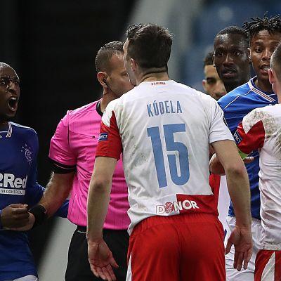 Glen Kamara ja Ondrej Kudela ottivat yhteen torstaina Eurooppa-liigassa