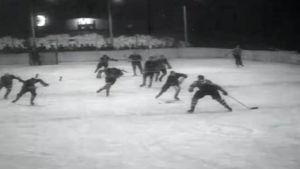 Suomi–Norja-jääkiekkoottelu vuonna 1953.