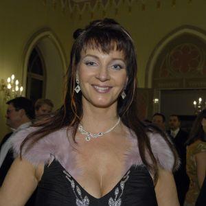 Författaren och redaktören Nina af Enehjelm på presidentens slott 2005.