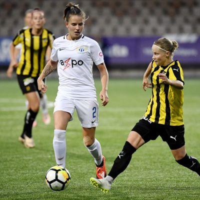 Naomi Megroz, FC Zürich ja Anna Vlasoff, FC Honka.