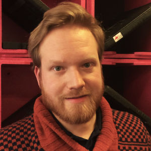 Halvbild på Robert Torvelainen.