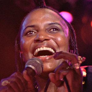 Miriam Makeba. Kuva Mika Kaurismäen dokumenttielokuvasta Mama Africa.