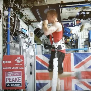 Tim Peake juoksee Lontoon maratonia avaruusasemalla.