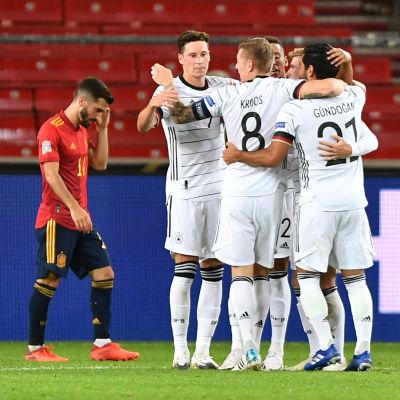 Matchen Spanien–Tyskland hör till delikatesserna då Nations League-gruppspelet avslutas. Då lagen möttes i Tyskland i september skrevs slutresultatet 1–1.
