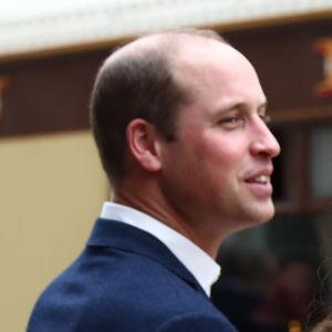 Prins William, hertig av Cambridge, med sin fru Cathrine, hertiginna av Cambridge, i London den 16 oktober 2017.