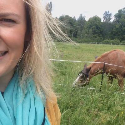 Nicole Hjelt besökte Håkansböle i Yle Huvudstadsregionens sommarserie.