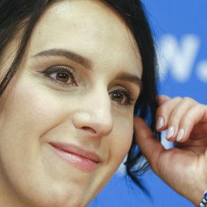 Den ukrainska sångaren Jamala (Susana Jamaladinova).