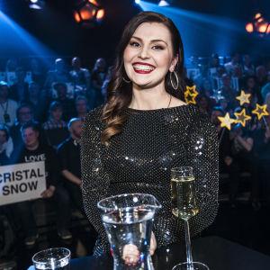 Stella Christine Uuden Musiikin Kilpailun Finaalissa.